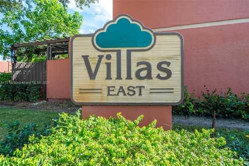 $360,000 - 3Br/3Ba -  for Sale in Villas East, Pembroke Pines