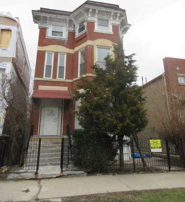 - 5Br/3Ba -  for Sale in Chicago