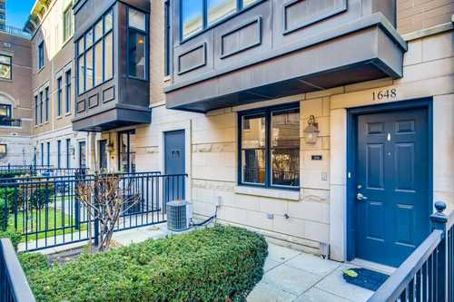 $755,000 - 3Br/4Ba -  for Sale in Chicago