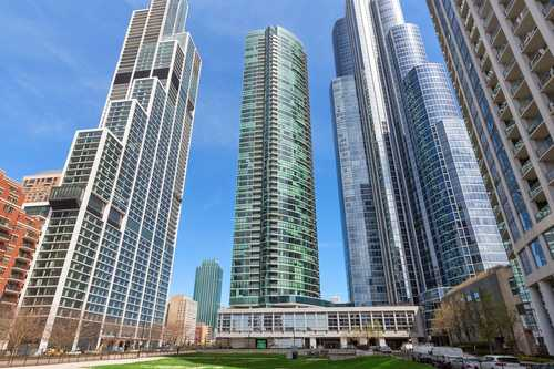 $1,600,000 - 3Br/3Ba -  for Sale in The Grant, Chicago