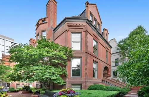 $1,305,000 - 3Br/3Ba -  for Sale in Prairie District Homes, Chicago
