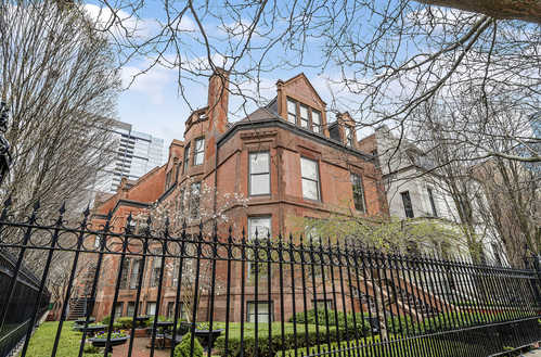$1,299,900 - 4Br/3Ba -  for Sale in Chicago