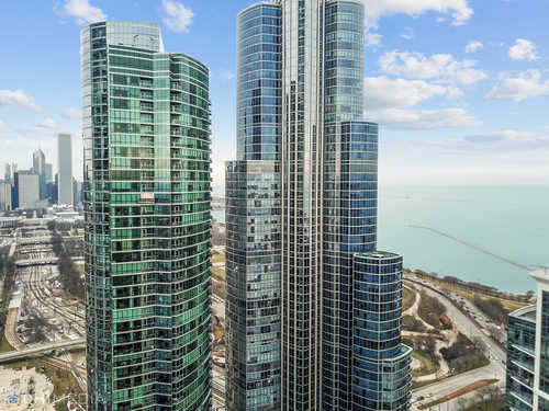 $799,900 - 2Br/2Ba -  for Sale in Museum Park, Chicago