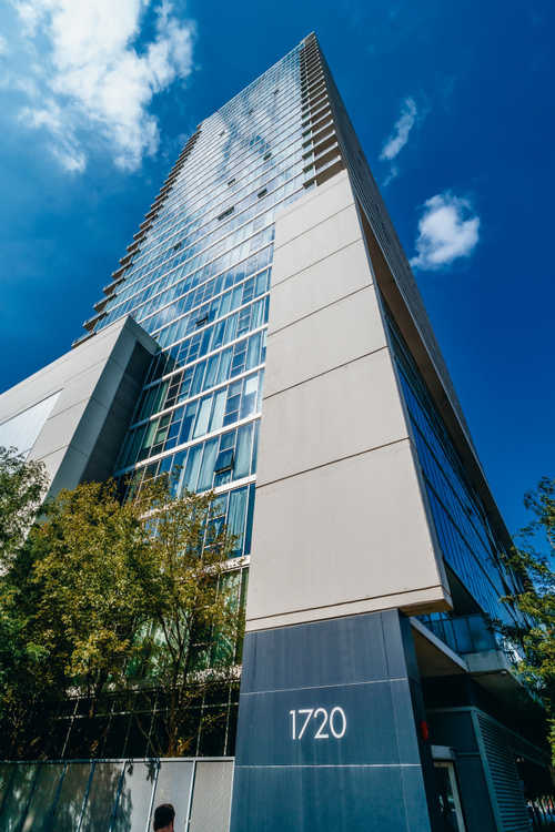 $199,000 - 1Br/1Ba -  for Sale in Chicago