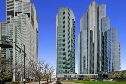 $725,000 - 2Br/2Ba -  for Sale in The Grant, Chicago