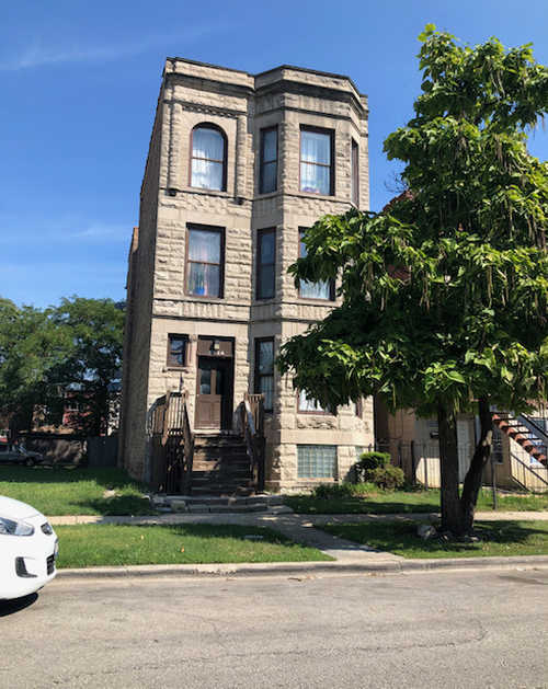 $119,900 - 4Br/1Ba -  for Sale in Chicago