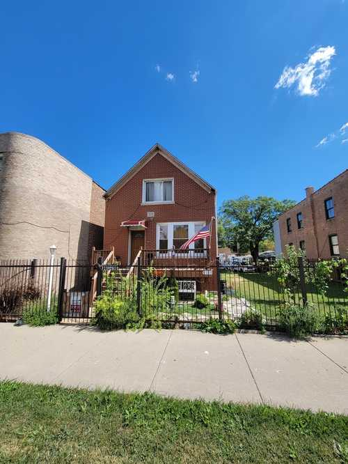 $395,000 - 5Br/3Ba -  for Sale in Chicago