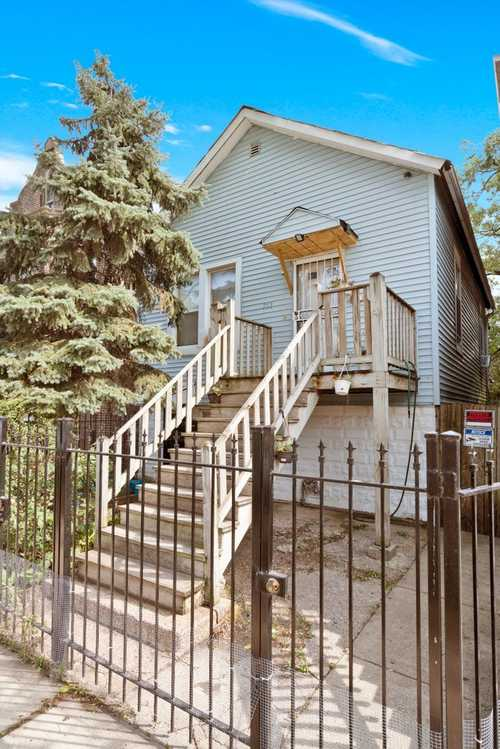 $199,999 - 3Br/2Ba -  for Sale in Chicago