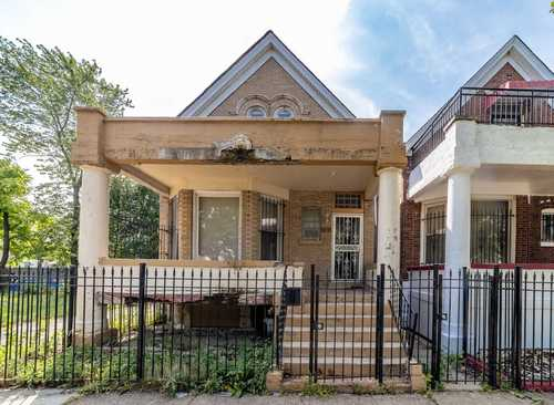 $129,000 - 4Br/2Ba -  for Sale in Chicago
