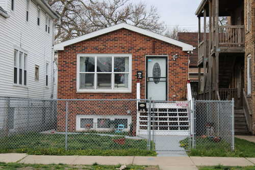 $225,000 - 3Br/2Ba -  for Sale in Chicago