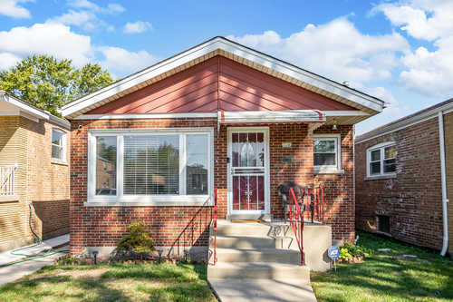 $240,000 - 3Br/1Ba -  for Sale in Chicago