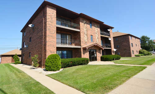 $120,000 - 2Br/2Ba -  for Sale in Chicago