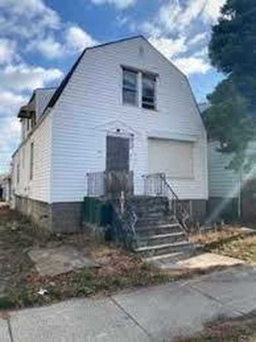 $44,900 - 3Br/2Ba -  for Sale in Chicago