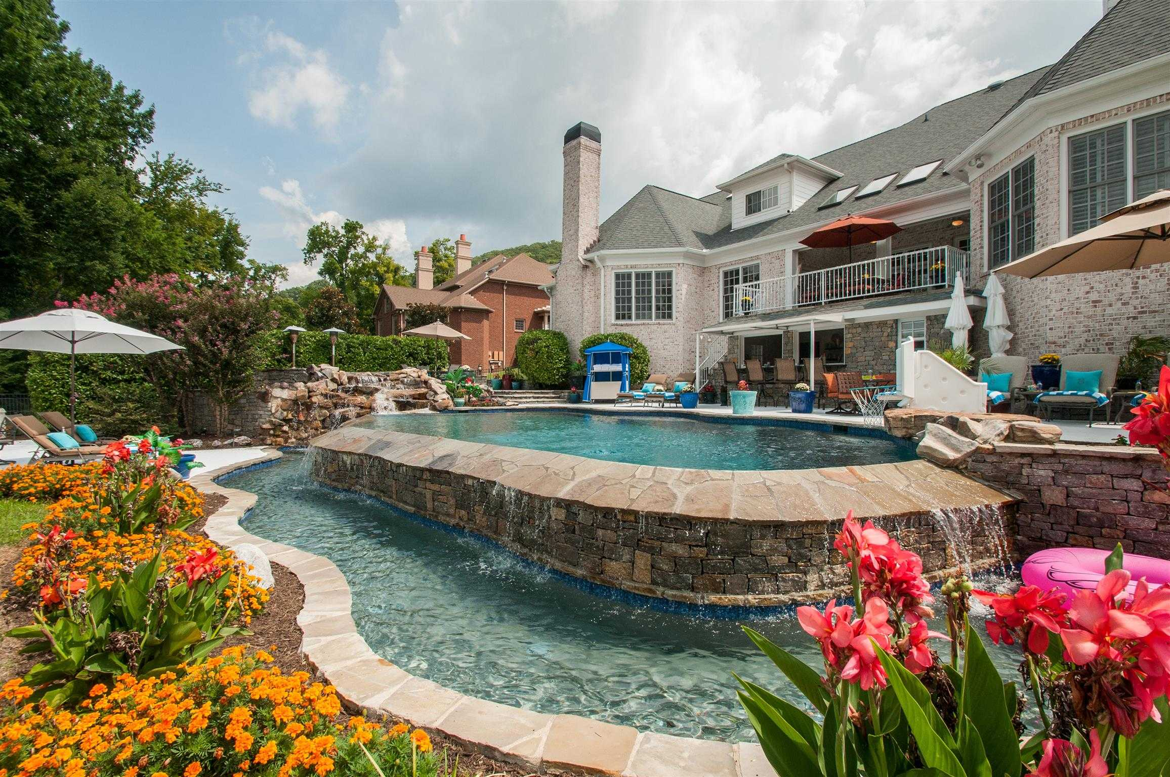 $1,595,000 - 6Br/8Ba -  for Sale in Woodward Hills, Brentwood