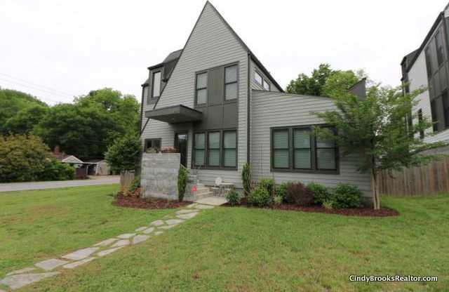 $410,000 - 3Br/3Ba -  for Sale in Country Club Estates, Nashville