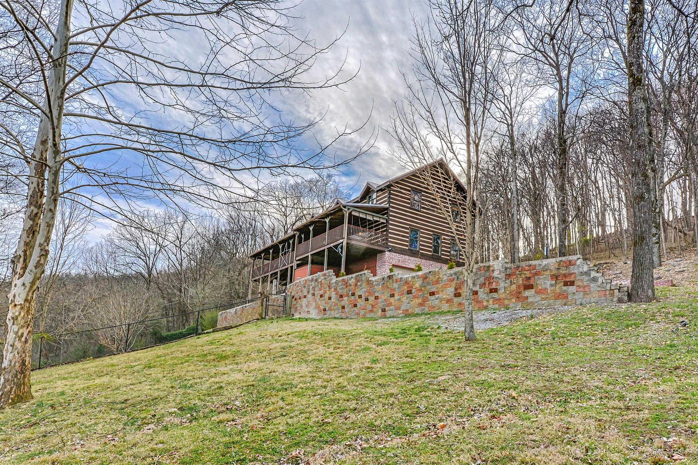 $900,000 - 4Br/4Ba -  for Sale in Montgomery Manor, Nolensville