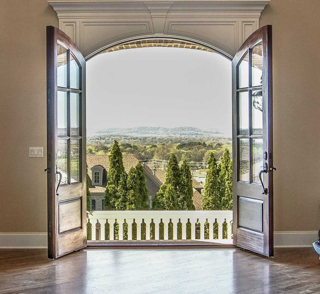 $1,480,000 - 5Br/7Ba -  for Sale in Legends Ridge Sec 6, Franklin