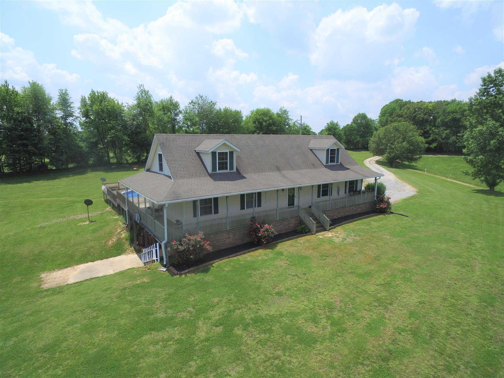 $489,900 - 3Br/3Ba -  for Sale in Na, Springfield