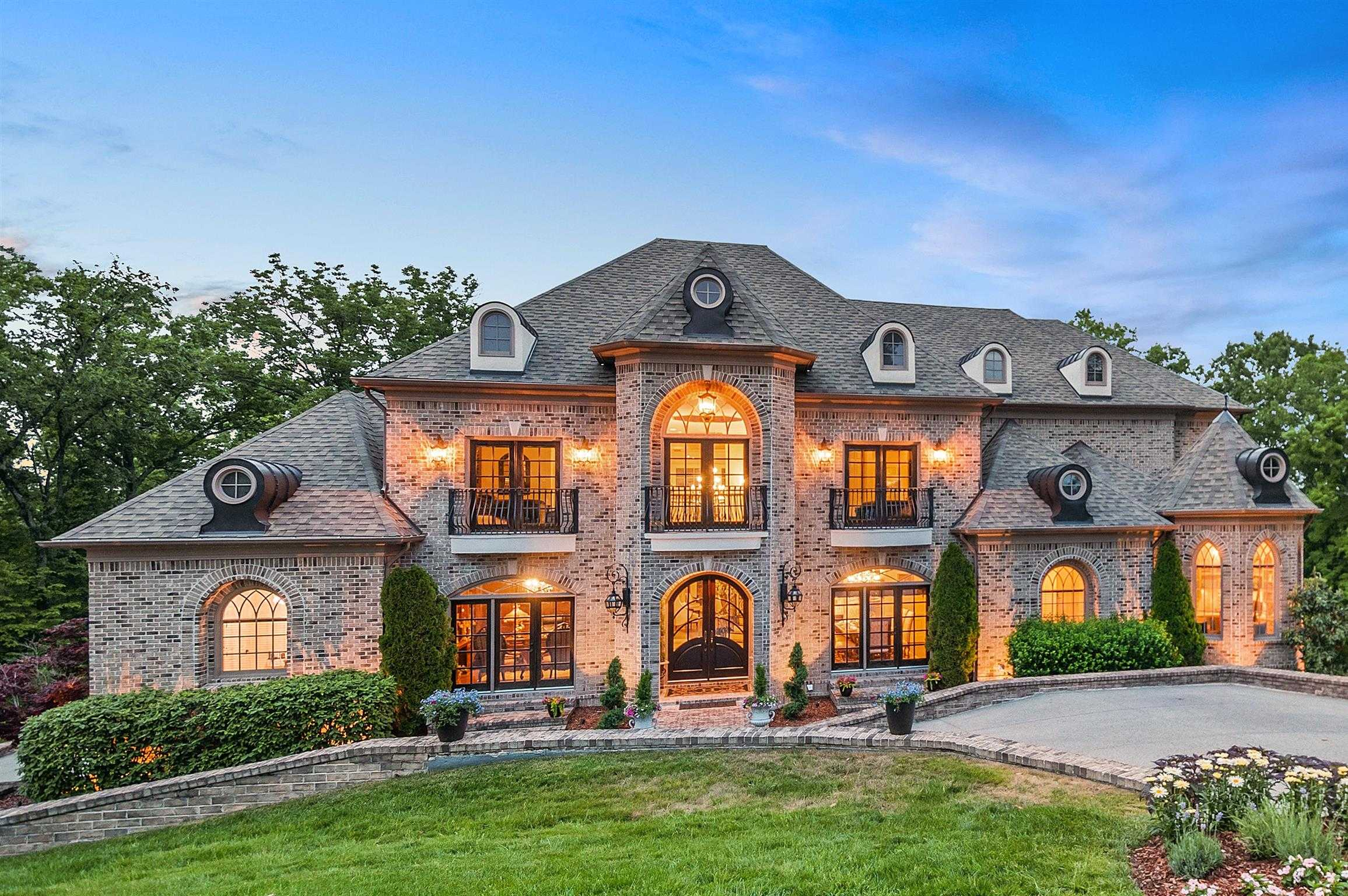 $2,245,000 - 6Br/9Ba -  for Sale in Hampton Reserve Sec 4, Brentwood