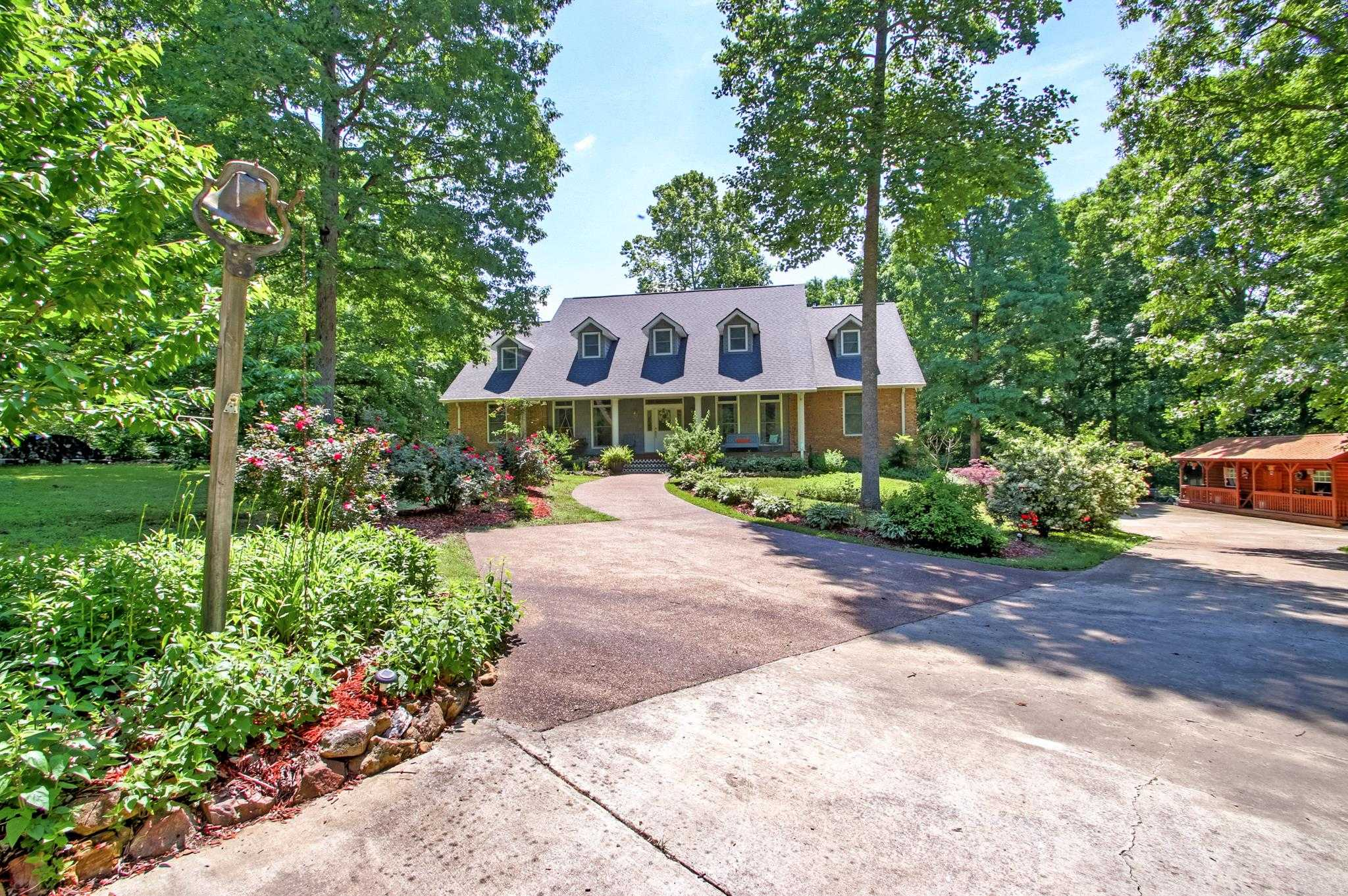 $704,900 - 5Br/6Ba -  for Sale in None, Burns