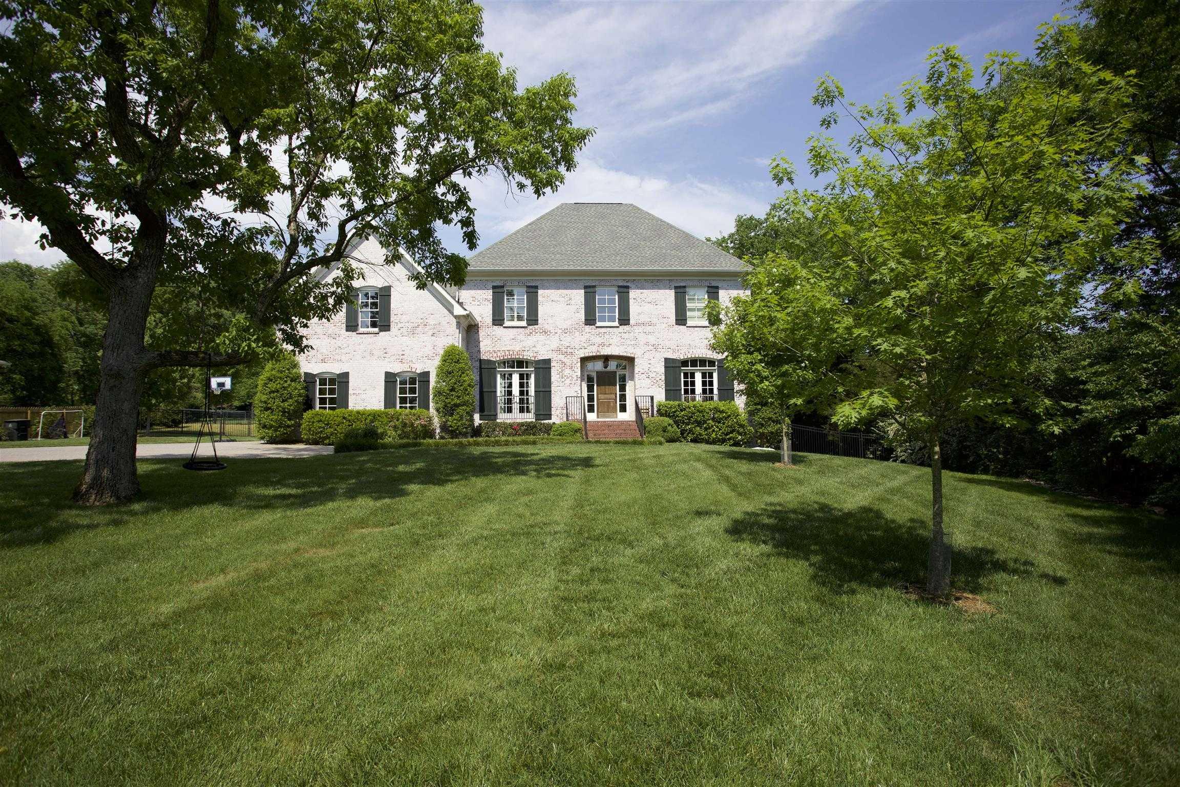 $1,275,000 - 4Br/6Ba -  for Sale in West Meade, Nashville
