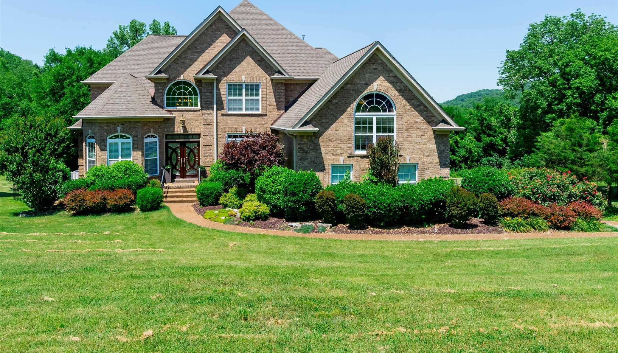 $719,900 - 6Br/5Ba -  for Sale in Ole Orchard, Whites Creek