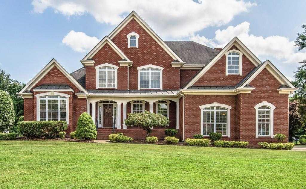 $470,000 - 4Br/4Ba -  for Sale in Stonewood Sec 1, Smyrna