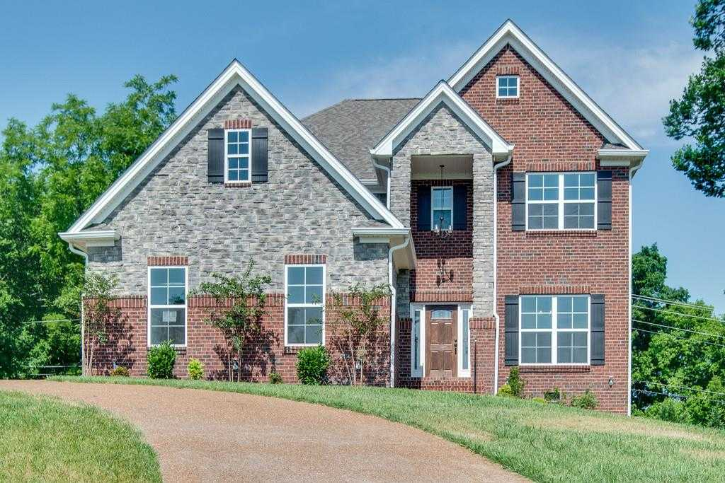$484,900 - 5Br/4Ba -  for Sale in Waters Hill, Lebanon