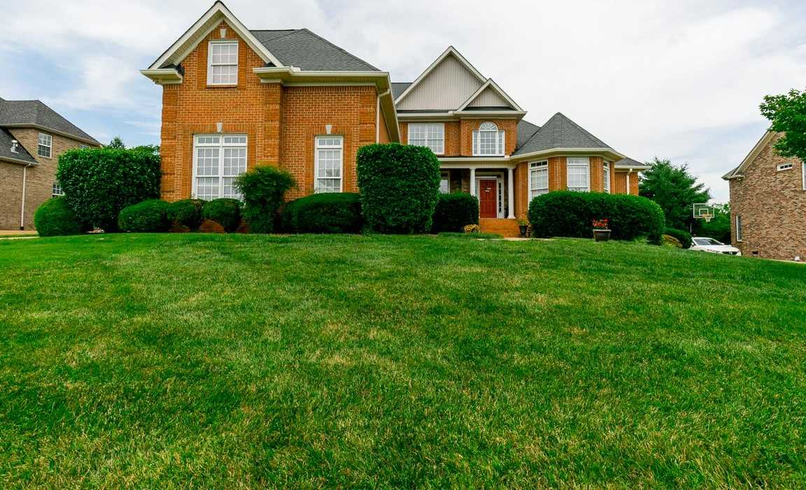 $499,900 - 4Br/3Ba -  for Sale in Cleveland Hall, Old Hickory