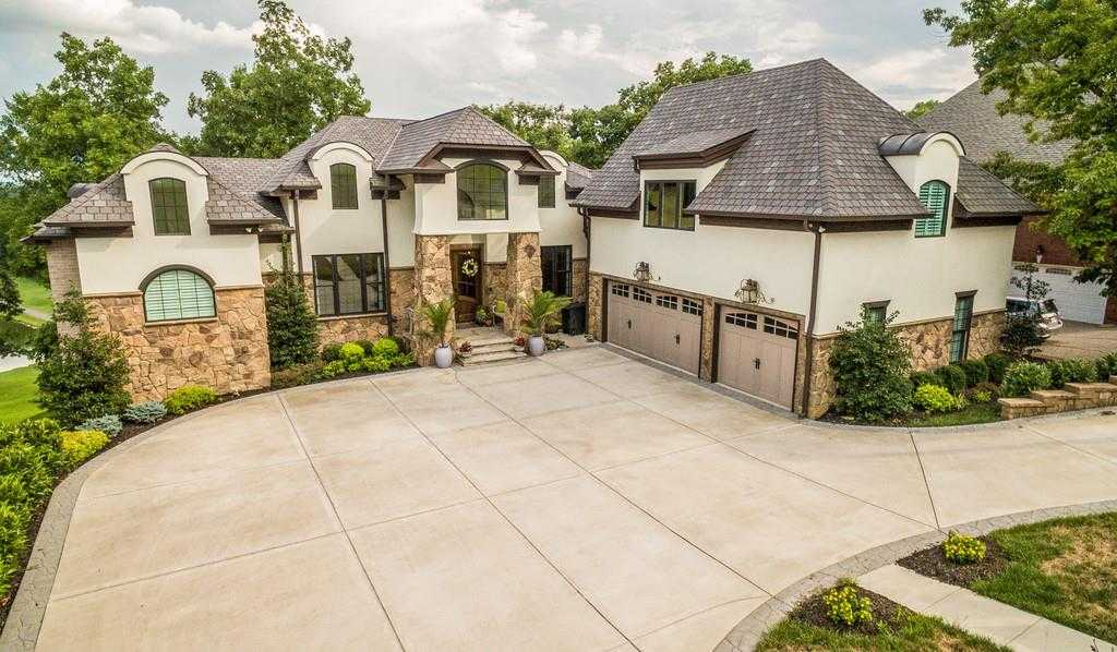 $1,049,000 - 4Br/5Ba -  for Sale in Country Hills Sec 1, Hendersonville