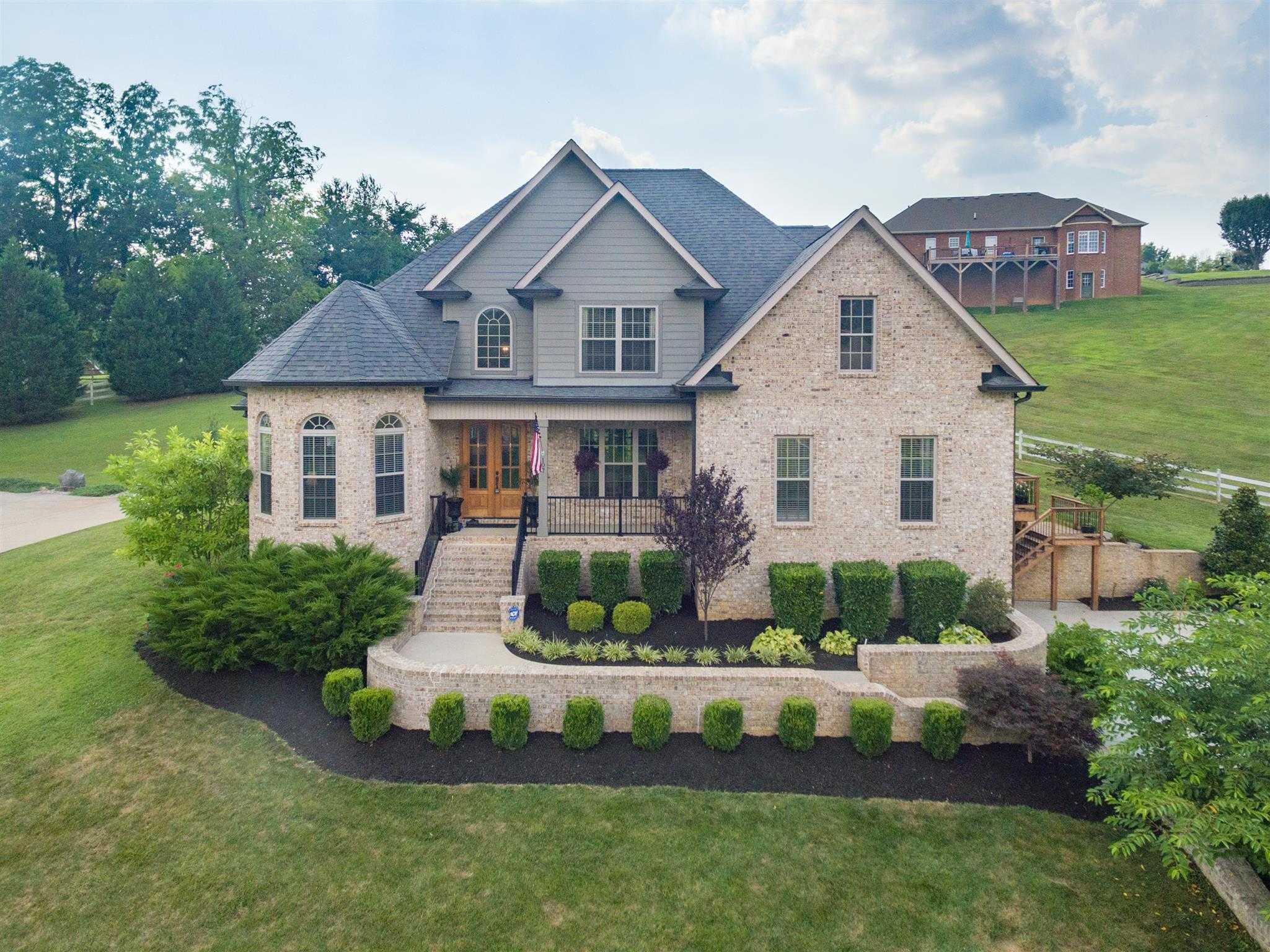 $549,900 - 4Br/4Ba -  for Sale in Mooreland Est Sec 8b, Springfield
