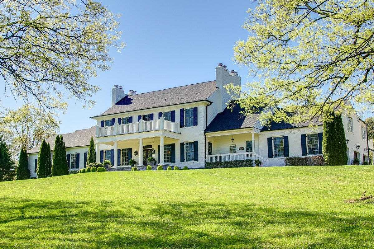$2,950,000 - 4Br/7Ba -  for Sale in Historic Brentwood, Brentwood