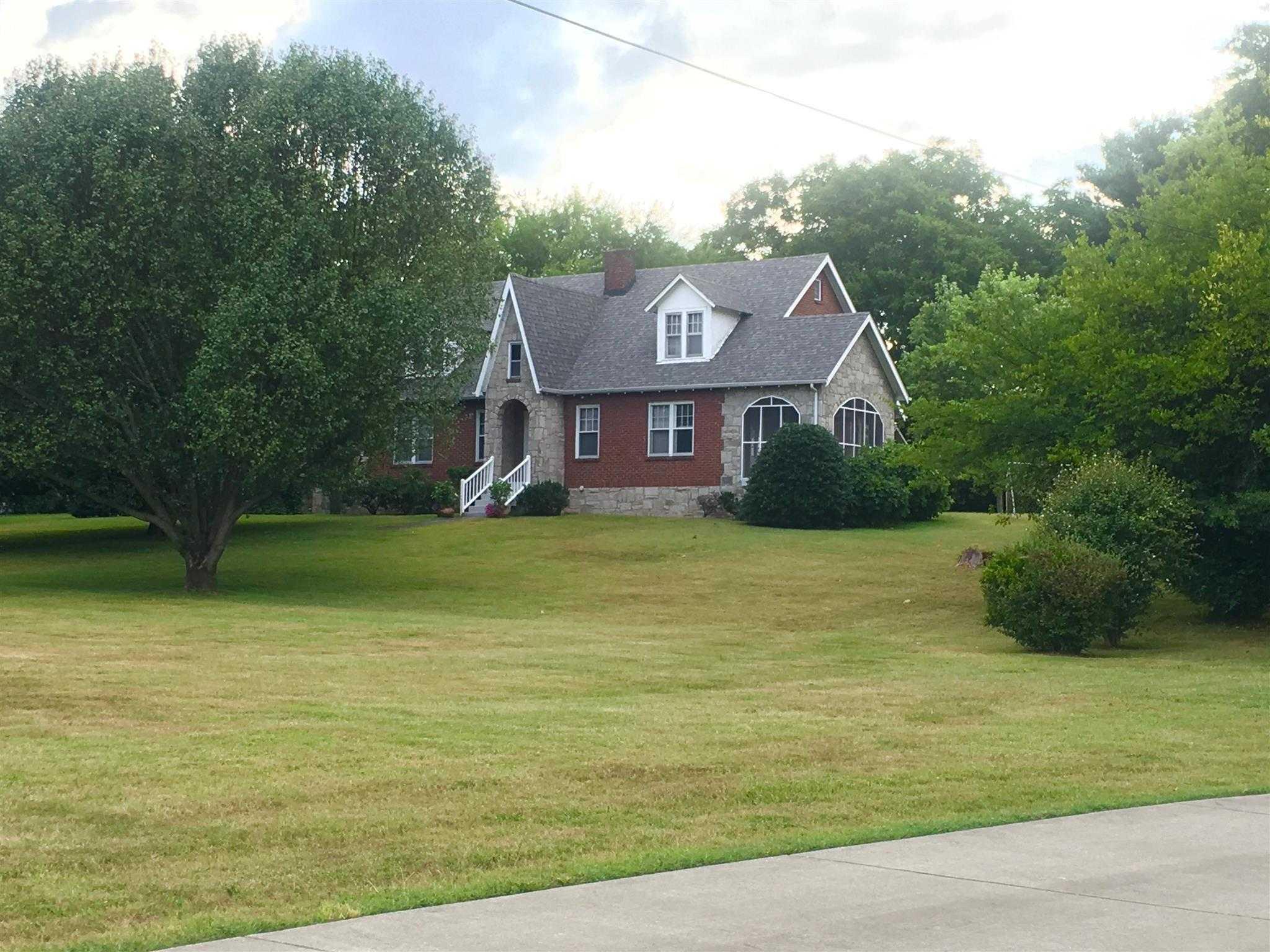 $3,000,000 - 3Br/2Ba -  for Sale in None, Nashville