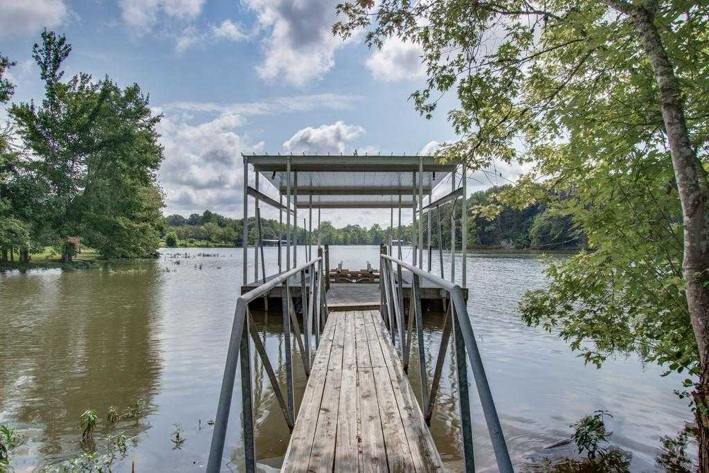 $699,900 - 4Br/3Ba -  for Sale in Lake Front Home W/ Dock, Mount Juliet