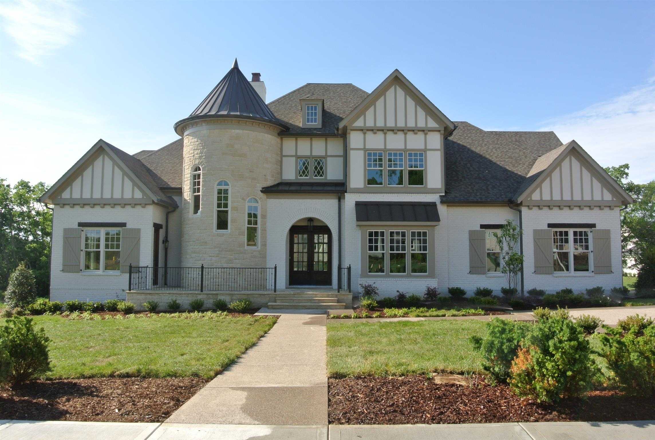 $1,689,350 - 5Br/6Ba -  for Sale in Witherspoon, Brentwood
