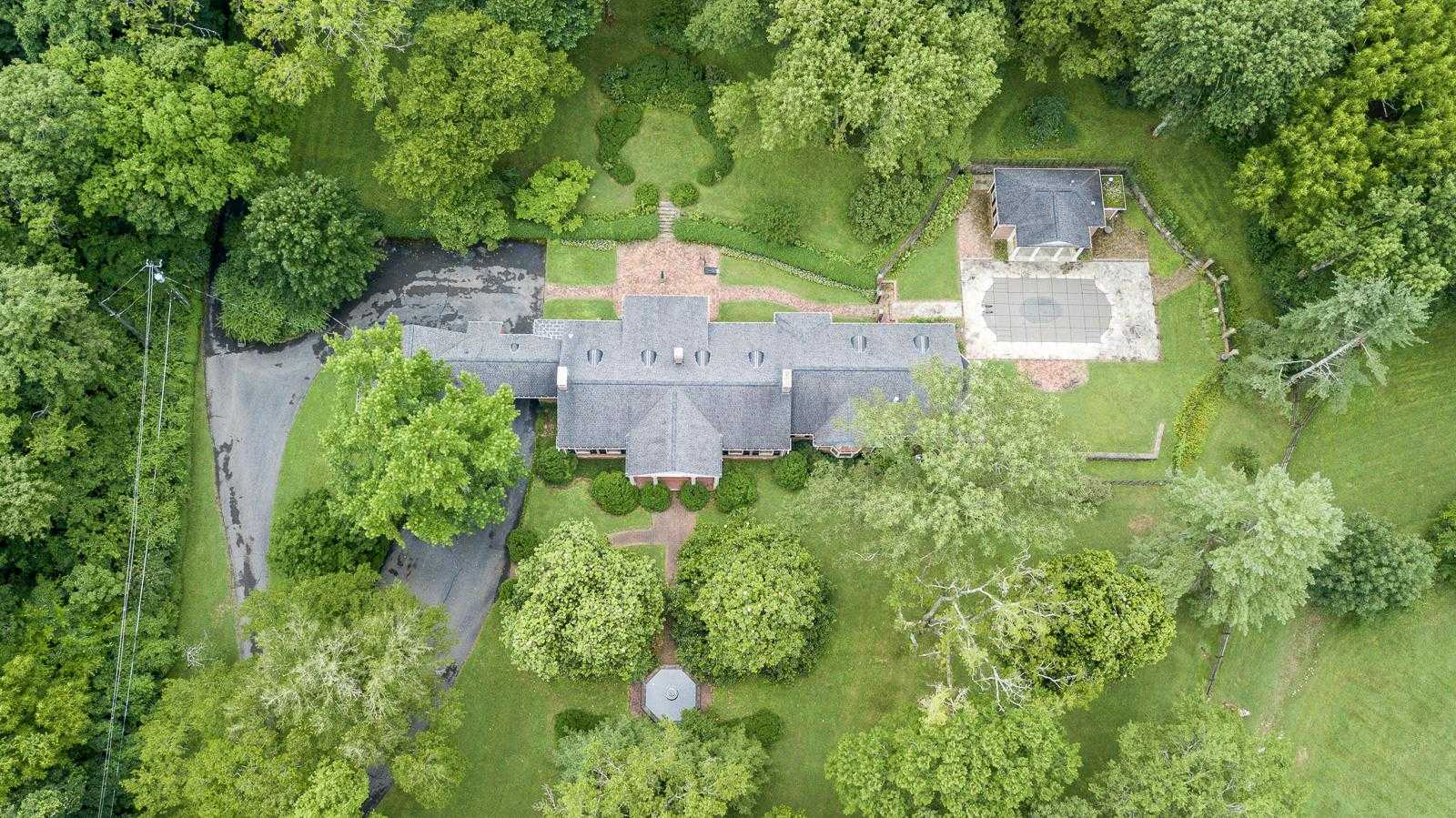 $4,500,000 - 4Br/5Ba -  for Sale in Forest Hills 8.4 Acres, Nashville