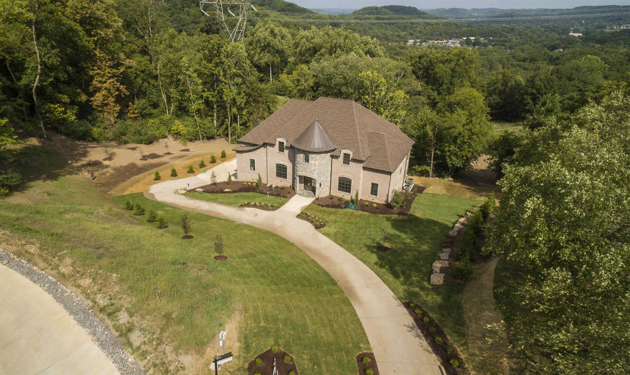 $1,699,000 - 5Br/6Ba -  for Sale in Legends Ridge, Franklin