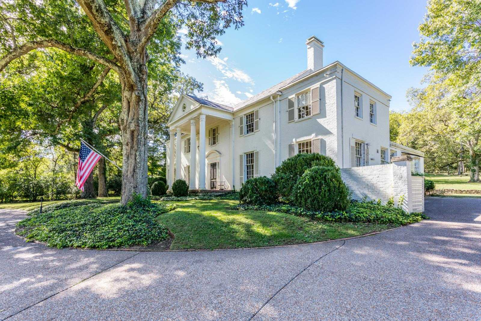 $2,950,000 - 4Br/3Ba -  for Sale in Forest Hills 4.7 Acres, Nashville