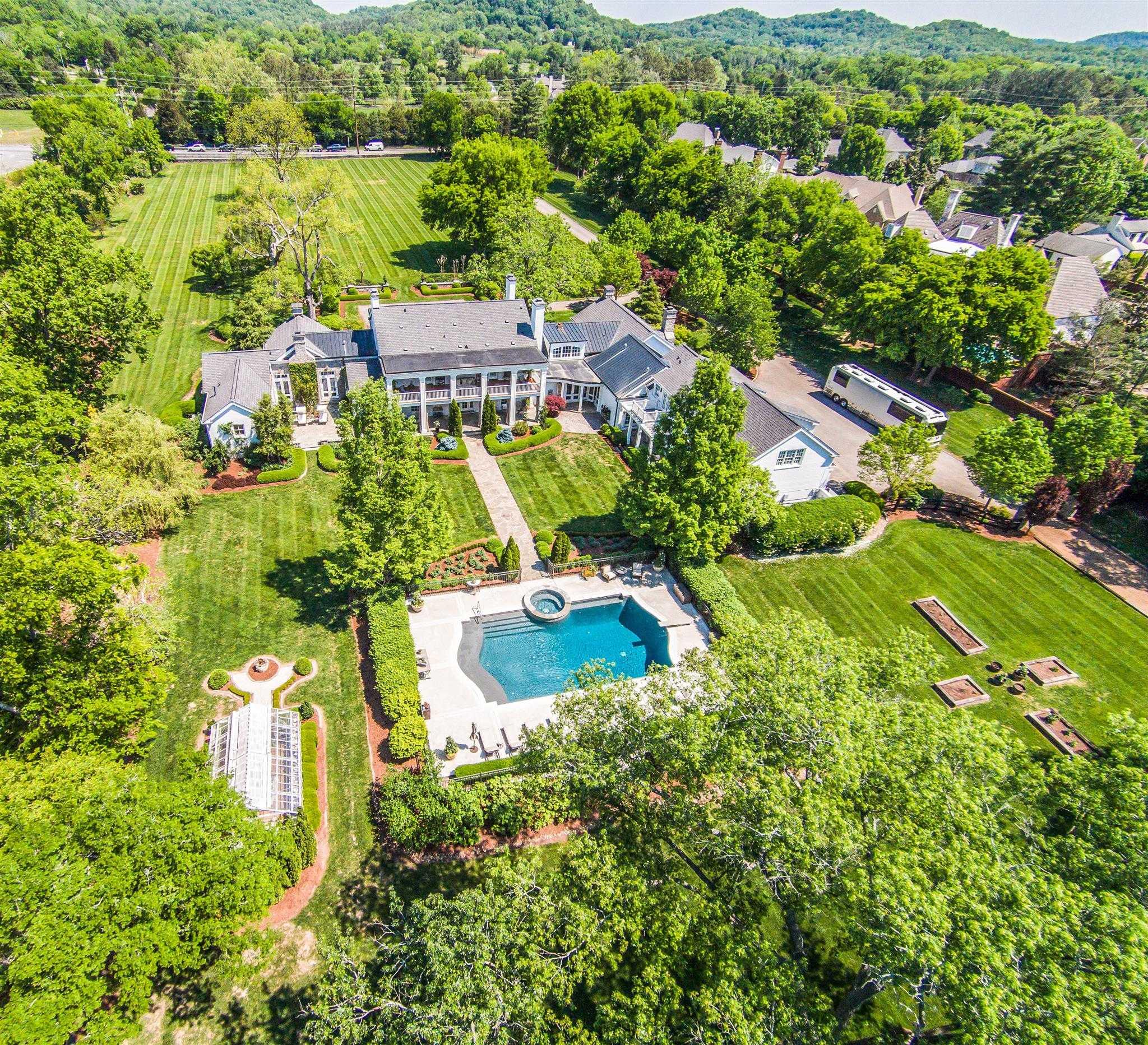 $7,800,000 - Br/Ba -  for Sale in 16 Acres, Nashville