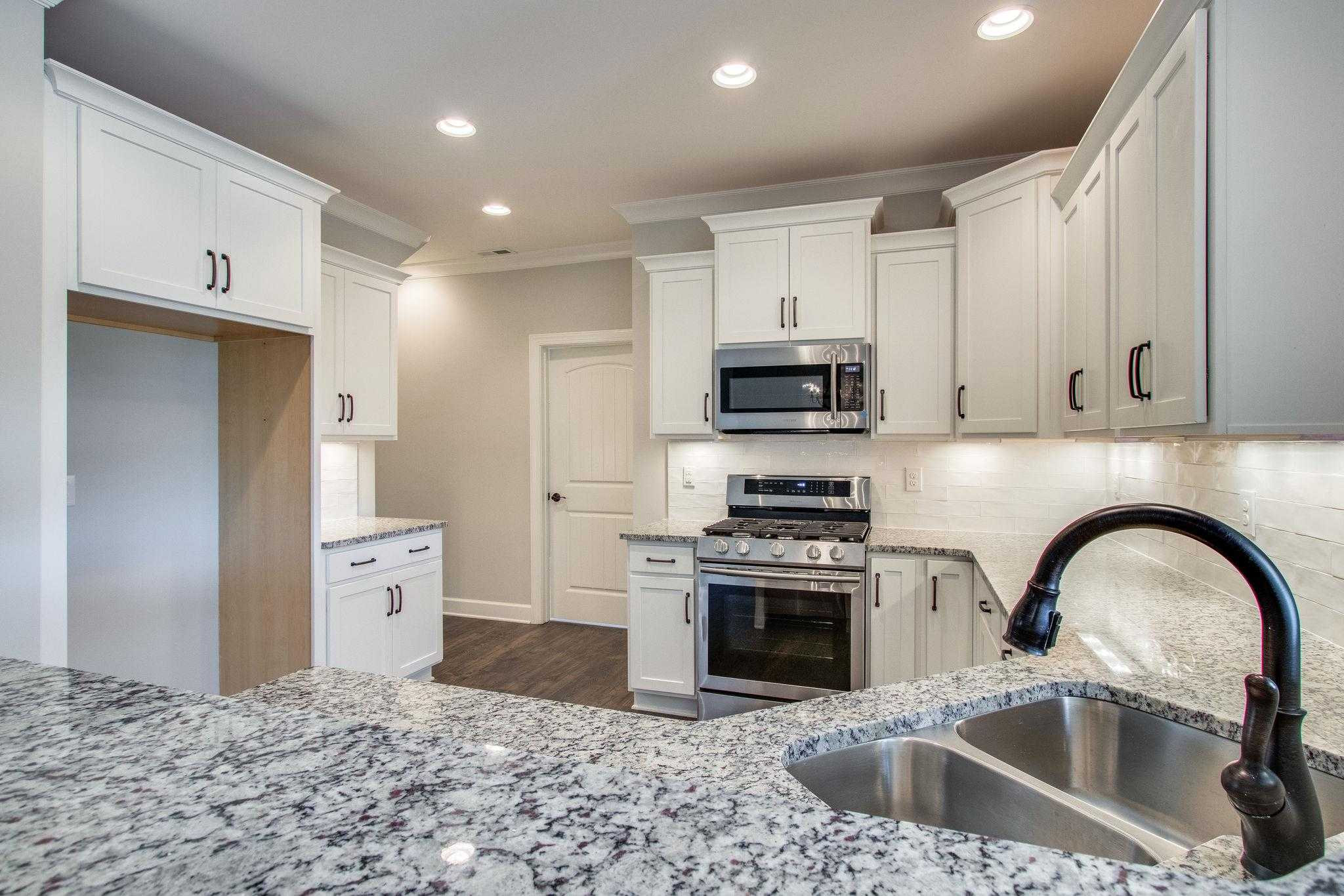 $367,900 - 3Br/3Ba -  for Sale in Five Oaks- The Villages, Lebanon