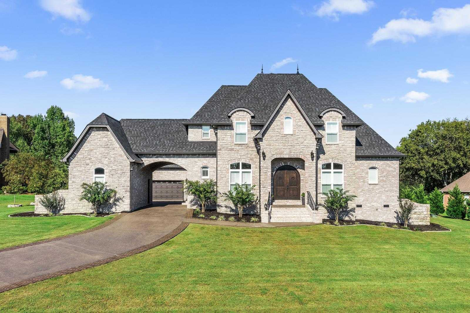 $915,000 - 4Br/3Ba -  for Sale in Spenlake 1 Amended, Mount Juliet