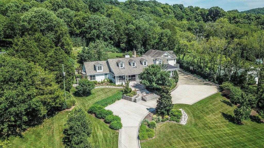 $2,800,000 - 5Br/7Ba -  for Sale in Granny White/radnor Lake, Nashville