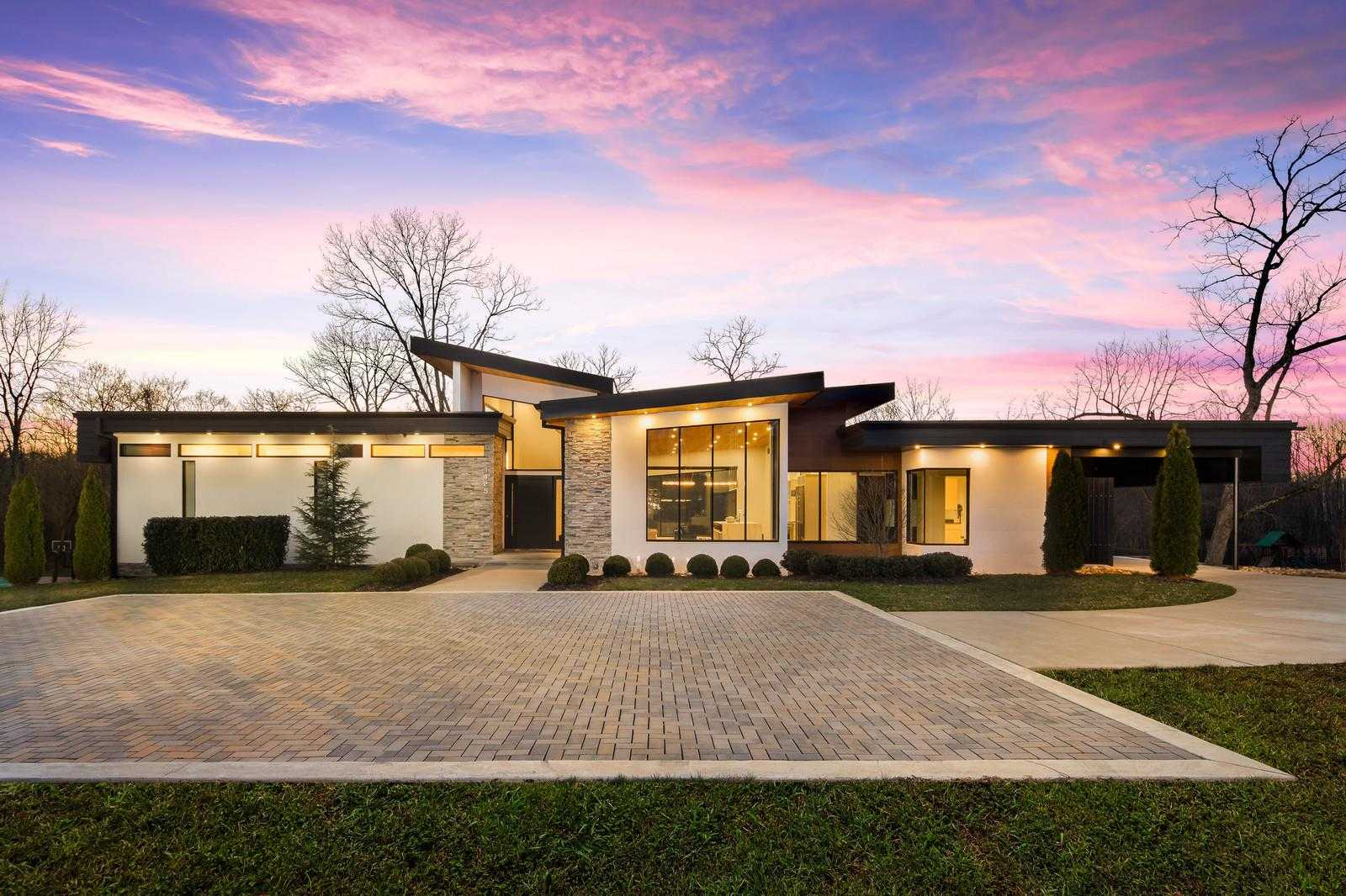 $2,250,000 - 5Br/8Ba -  for Sale in Parkside Downs, Brentwood