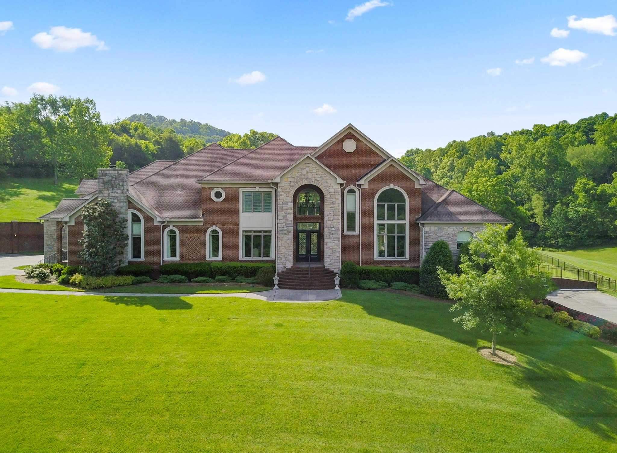 $2,500,000 - 5Br/8Ba -  for Sale in None, Goodlettsville