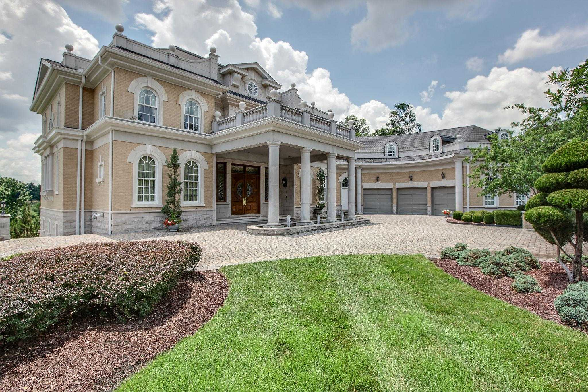 $3,950,000 - 5Br/7Ba -  for Sale in Governors Club The Ph 1, Brentwood