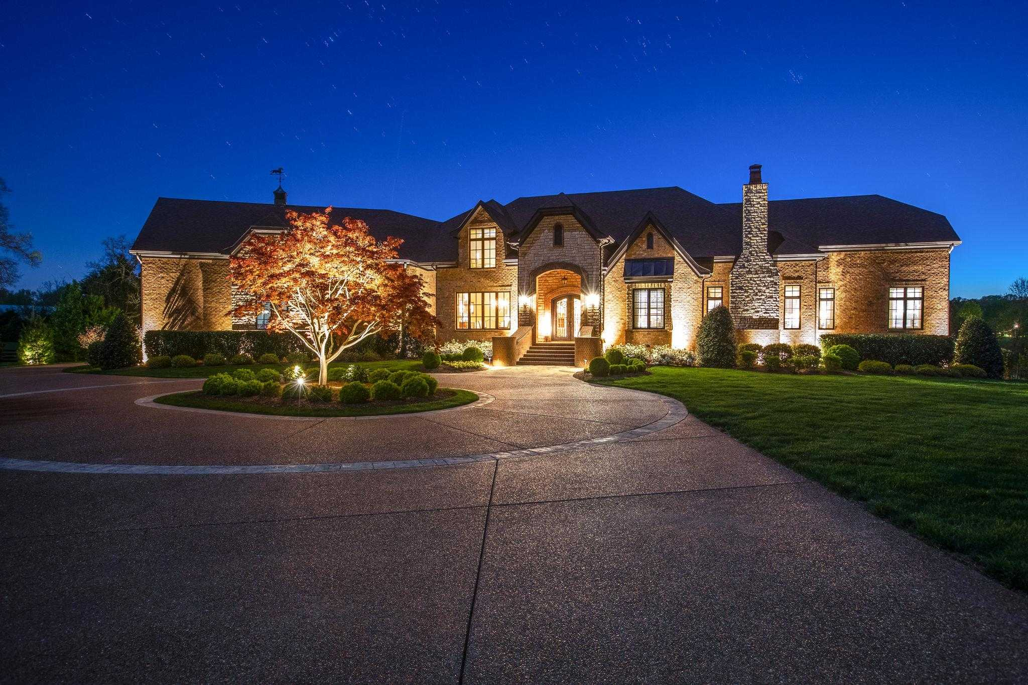 $2,499,900 - 4Br/5Ba -  for Sale in Rosemont, Franklin