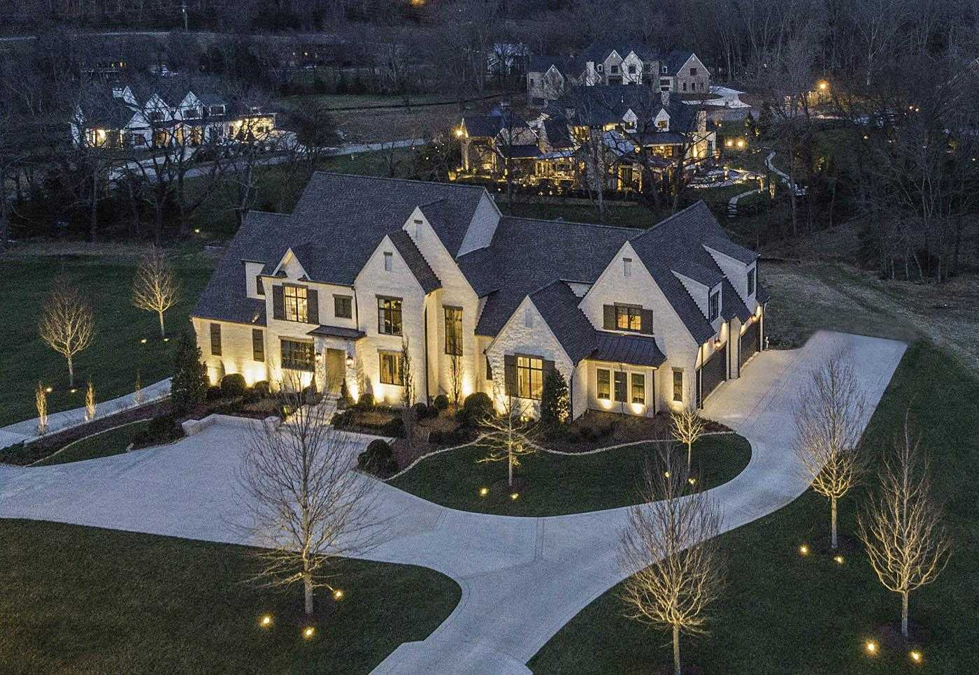 $3,250,000 - 5Br/8Ba -  for Sale in Cartwright Close, Brentwood