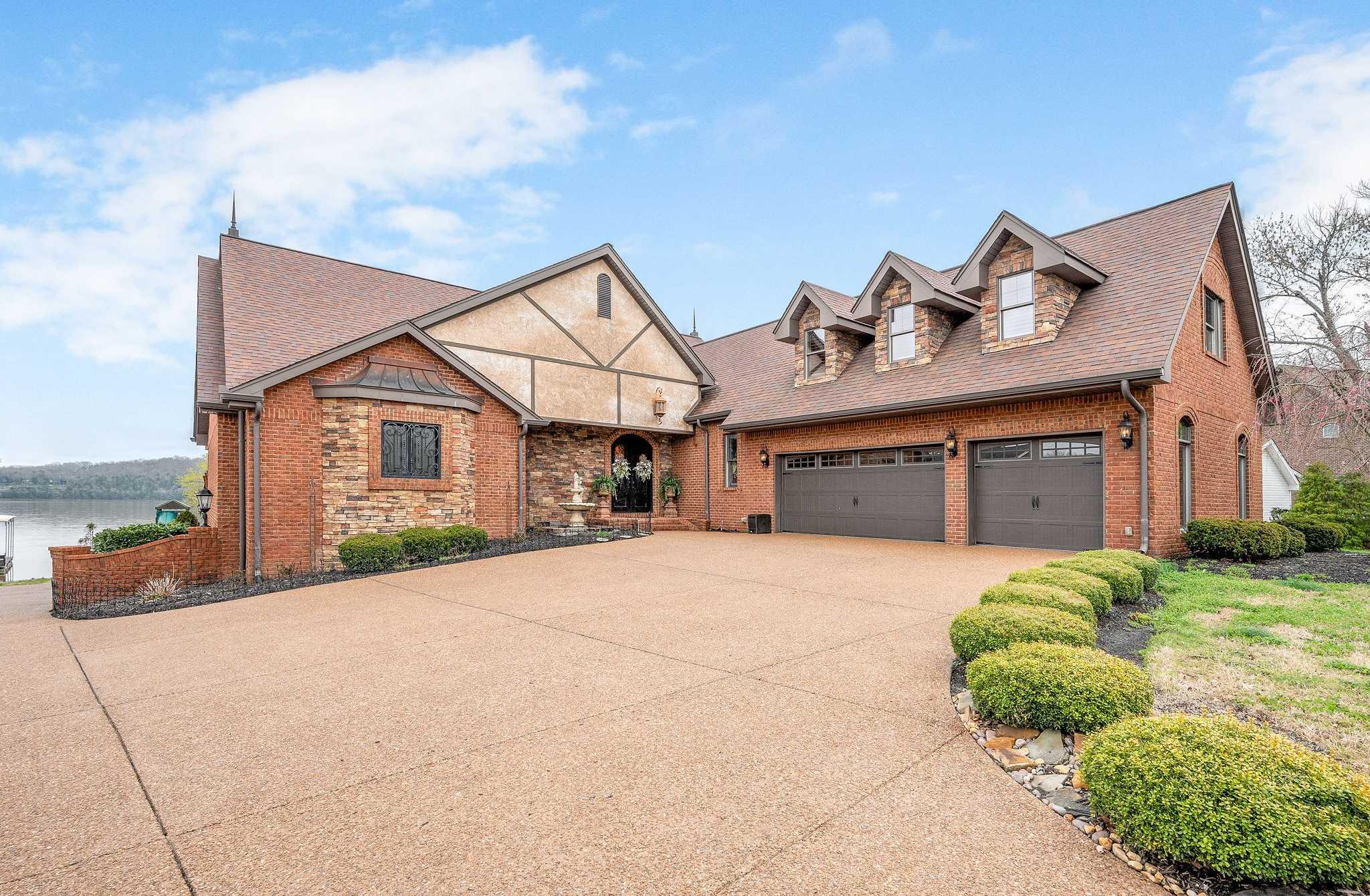 $1,274,900 - 4Br/5Ba -  for Sale in Crown Point Est, Mount Juliet