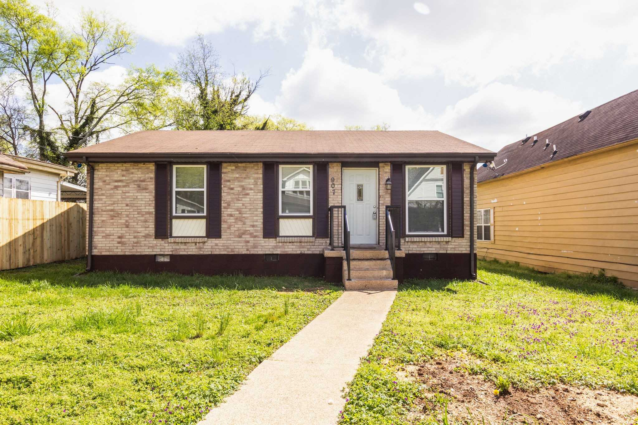 - 3Br/1Ba -  for Sale in Sharpe & Crutcher, Nashville