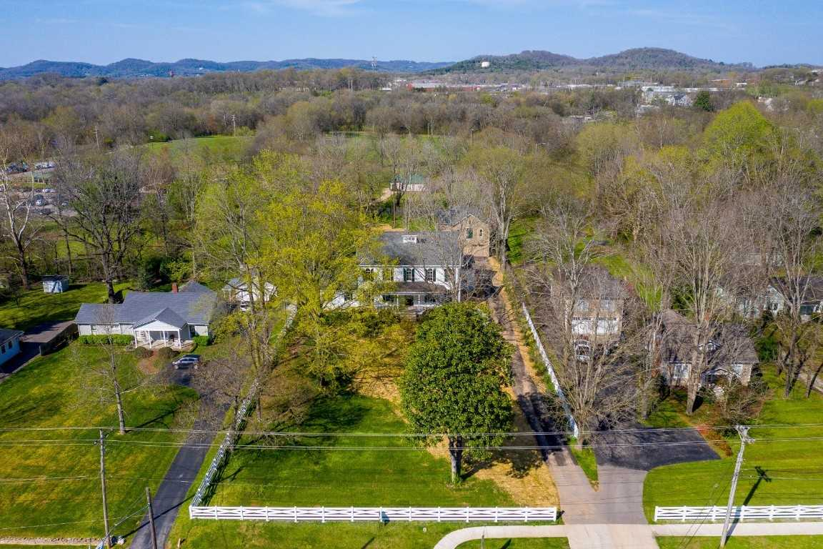 $2,975,000 - 5Br/5Ba -  for Sale in Historic Franklin, Franklin